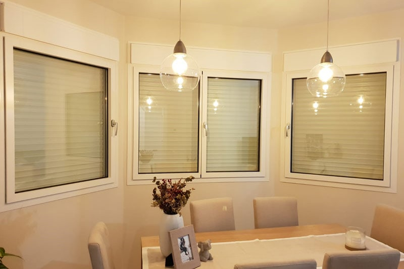 ventanas de aluminio con hojas ocultas