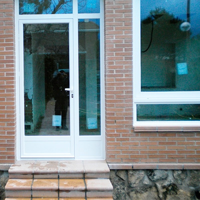 Precio de puertas de aluminio en Madrid la mejor calidad